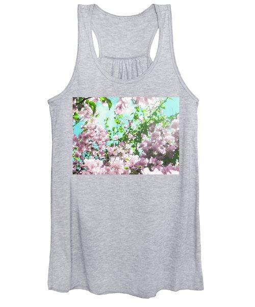 Floral Dreams V Women's Tank Top
