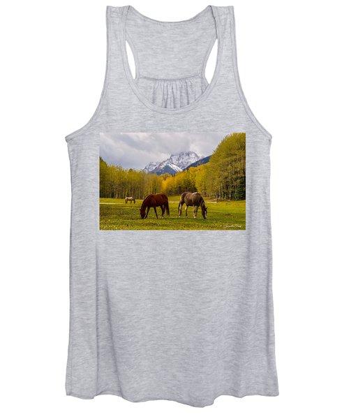 Grazing In Aspen Women's Tank Top