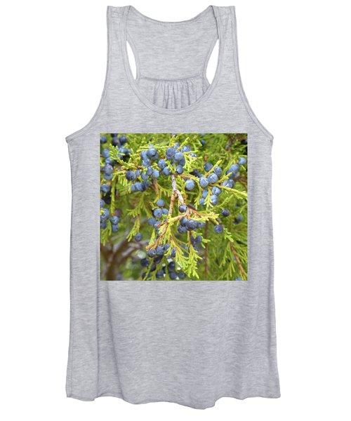 Juniper Berries Women's Tank Top