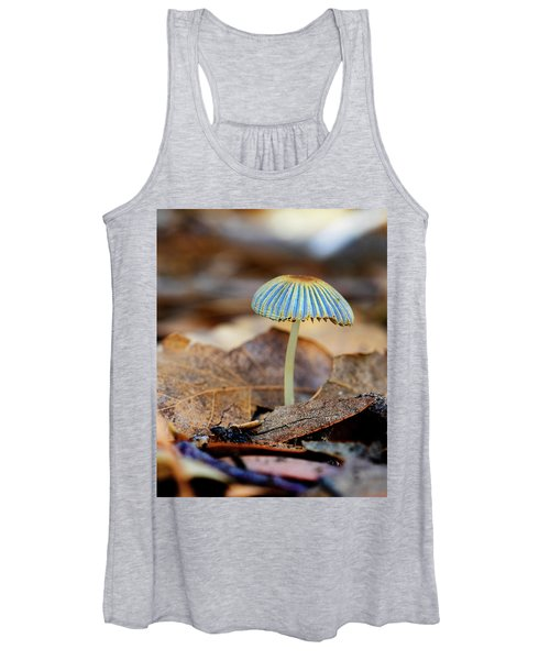 Mushroom Under The Oak Tree Women's Tank Top