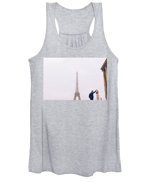 Newly-wed Couple On Their Honeymoon In Paris, Loving Having A Date Near The Eiffel Tower Women's Tank Top