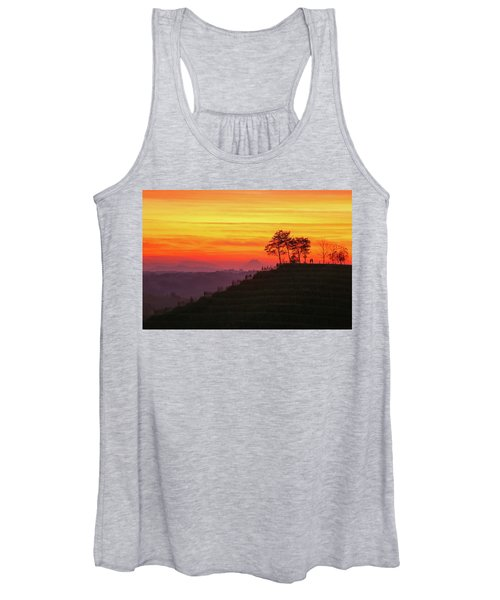 On The Viewpoint Women's Tank Top