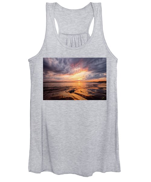 Reflect The Drama, Sunset At Fort Foster Park Women's Tank Top