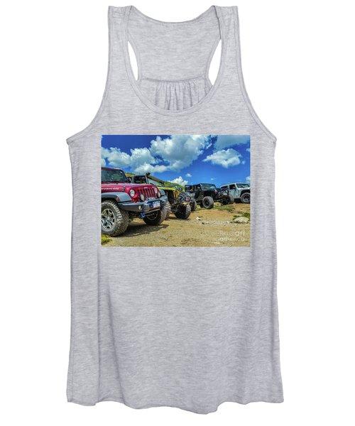 Row Of Jeeps Women's Tank Top