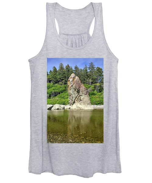 Sea Stack At Ruby Beach  Women's Tank Top