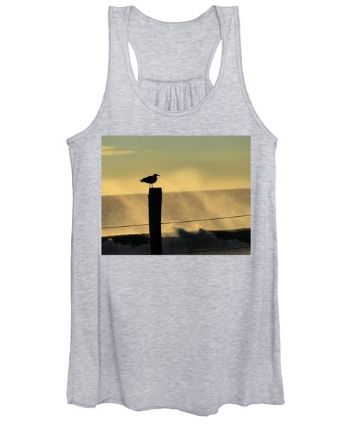 Seagull Silhouette On A Piling Women's Tank Top