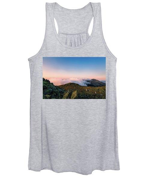 The Hiker - Mt Jefferson, Nh Women's Tank Top