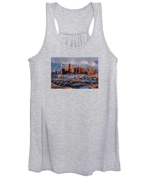 Turret Arch Winter Sunset Women's Tank Top