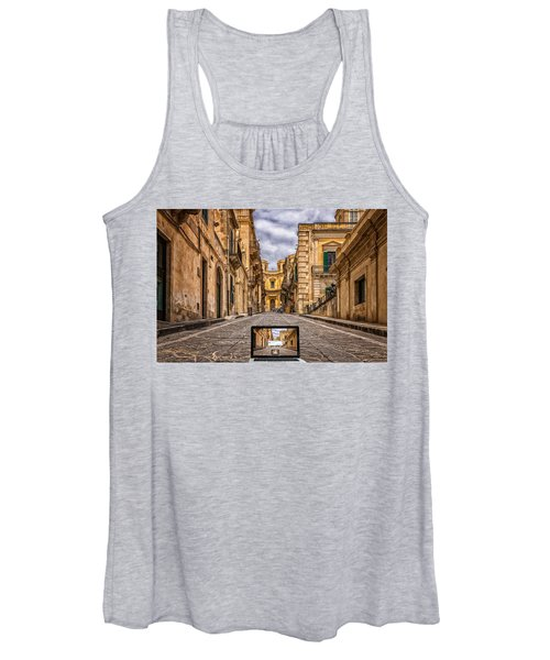 Upgrade Architecture Women's Tank Top