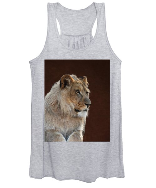 Young Male Lion Portrait Women's Tank Top