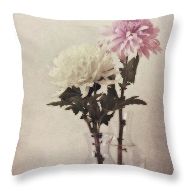 Closely Throw Pillow by Priska Wettstein