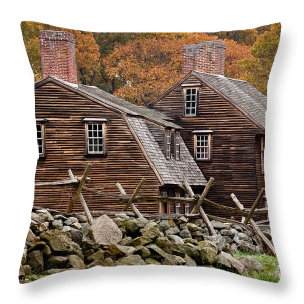 Hartwell Tarvern In Autumn Throw Pillow by Susan Cole Kelly