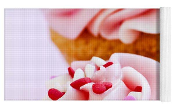 Cupcakes Yoga Mat