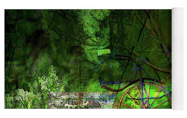 Delaware Green Yoga Mat by Richard Ricci