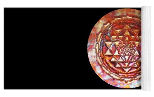 Mini Sri Yantra Kupfer Lichtmandala  Yoga Mat by Robert Thalmeier