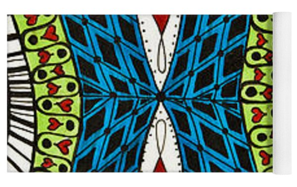 Queen Of Hearts Yoga Mat by Jani Freimann