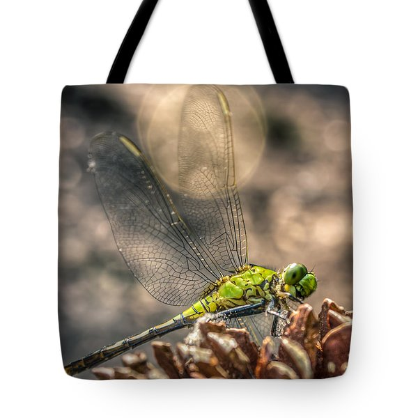 Tote Bag featuring the photograph  Erythemis Simplicicollis by Rob Sellers
