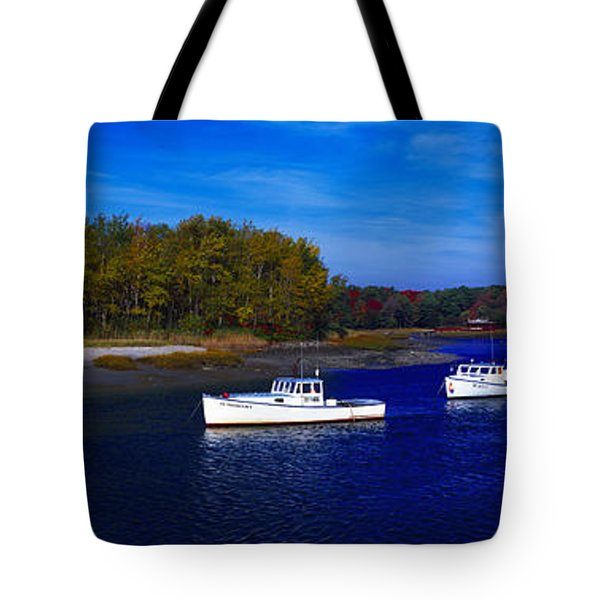 Kennnepunkport Harbor  Maine  Tote Bag