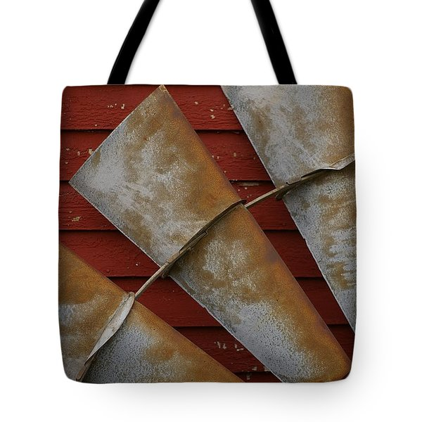 Windfan Leaning Tote Bag