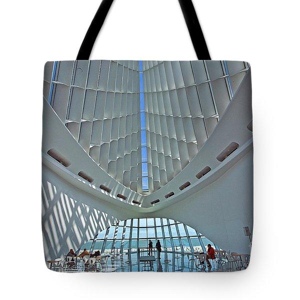 0354 Milwaukee Art Museum Tote Bag