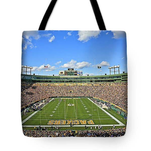 0539 Lambeau Field Tote Bag