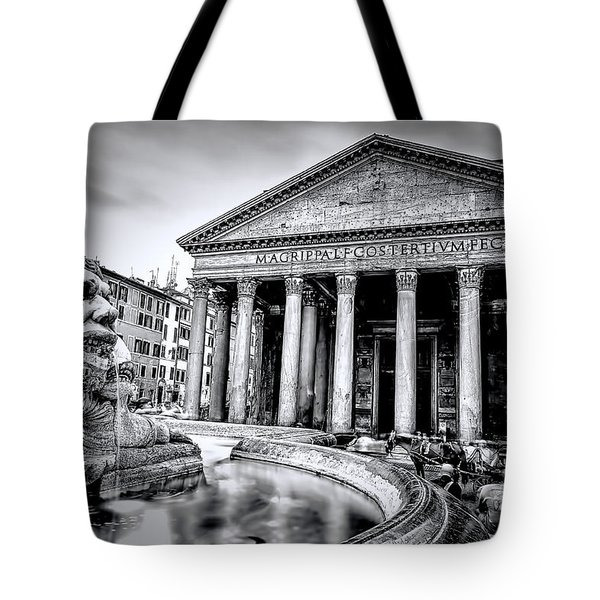0786 The Pantheon Black And White Tote Bag