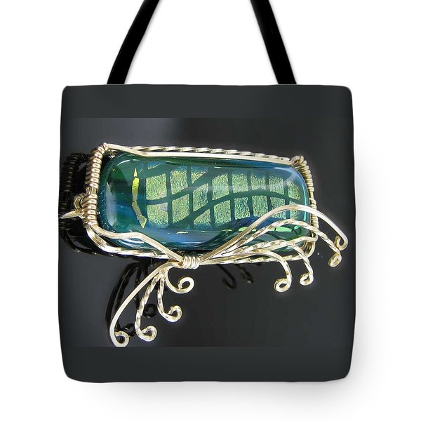 0590 Dancing Wave Tote Bag