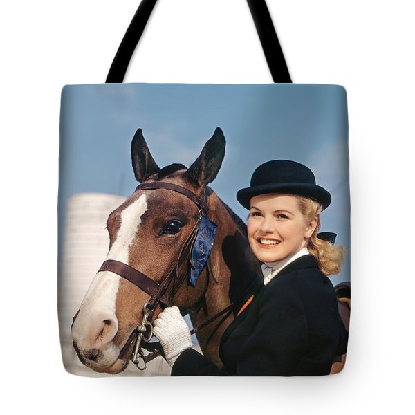 1940s 1950s Smiling Woman Wearing Tote Bag