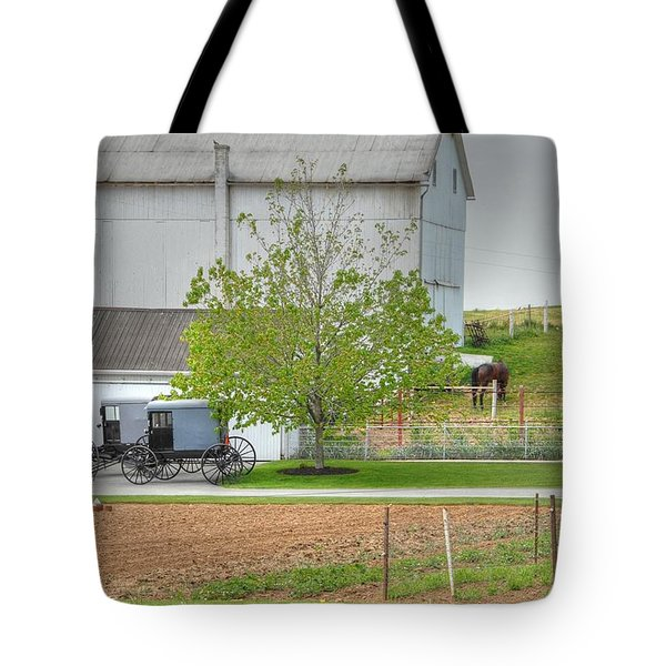 An Amish Farm Tote Bag by Dyle   Warren