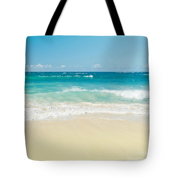 Tote Bag featuring the photograph Beach Love by Sharon Mau