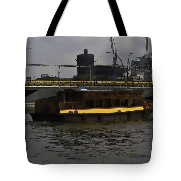 Cartoon - Colorful River Cruise Boat In Singapore Tote Bag