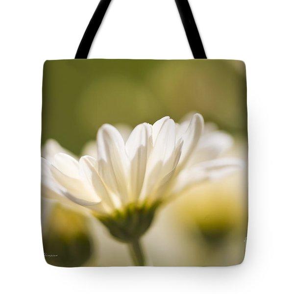 Chrysanthemum Flowers Tote Bag