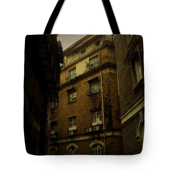 Tote Bag featuring the photograph Crime Alley by Salman Ravish