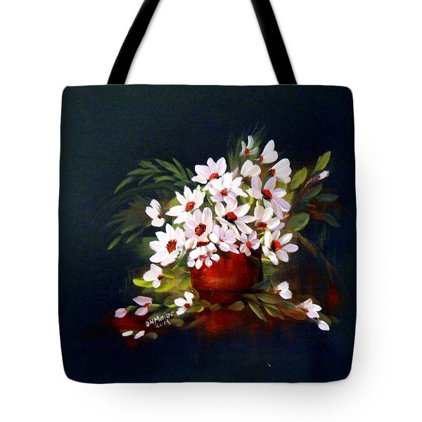 Daisies Tote Bag by Dorothy Maier