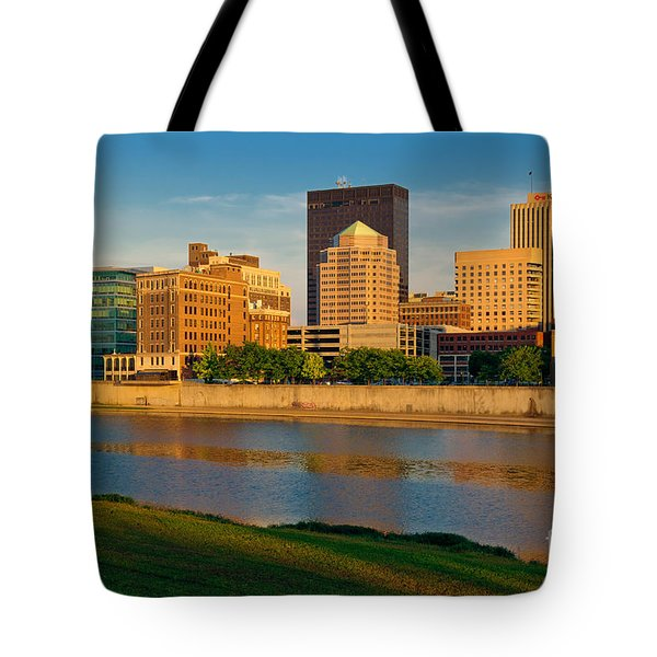 D4u-379 Dayton Skyline Photo Tote Bag