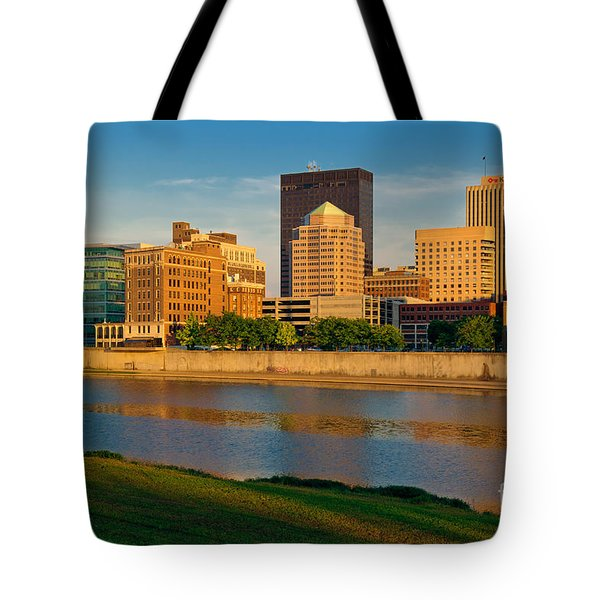 D4u-379 Dayton Skyline Photo Tote Bag