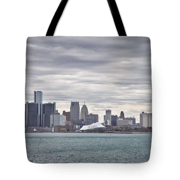 Detroit Skyline From Belle Isle Tote Bag