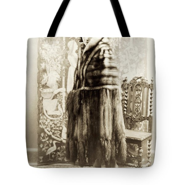 Tote Bag featuring the photograph Fashion Fur, 1925 by Granger