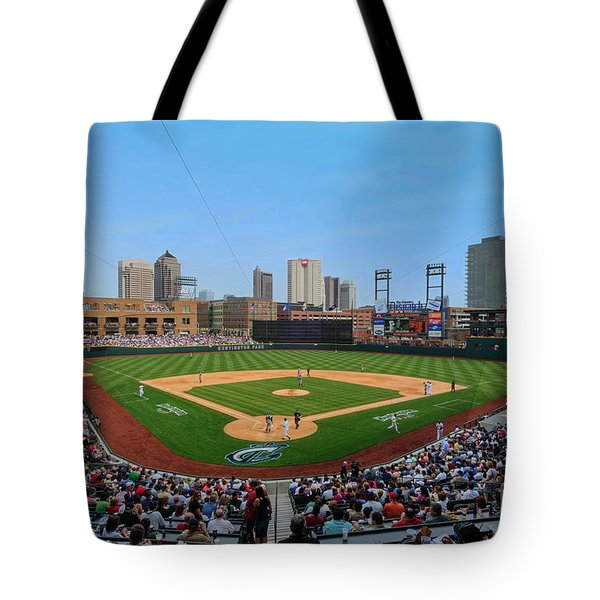 D24w-299 Huntington Park Photo Tote Bag