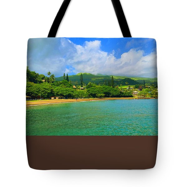 Island Of Maui Tote Bag