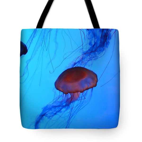 Jellyfish 4 Tote Bag by Jeff Breiman
