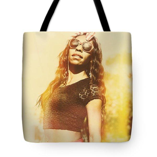 Luxury Female Vanuatuan Modelling Retro Fashion Tote Bag