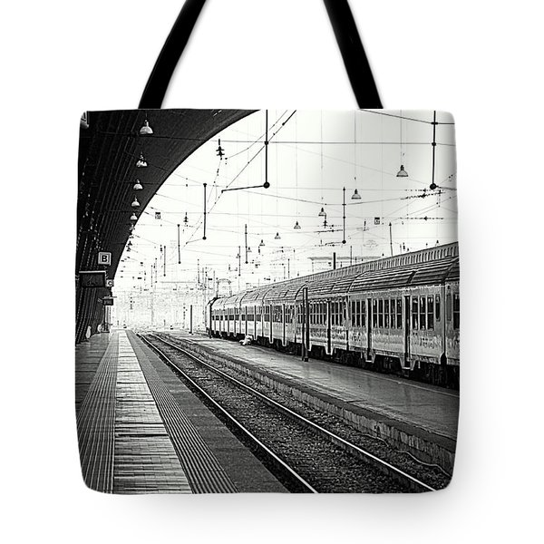Milan Central Station Tote Bag by Valentino Visentini