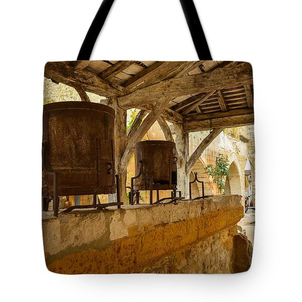 Tote Bag featuring the photograph monpazier en Perigord by Dany Lison