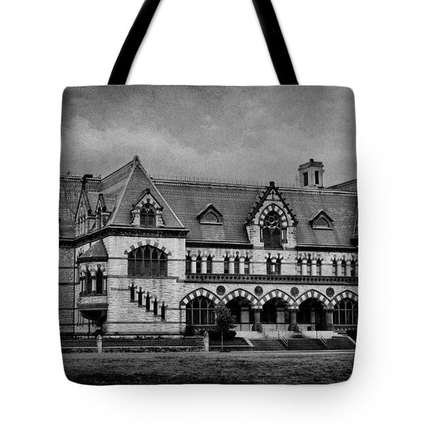 Old Post Office - Customs House B W Tote Bag