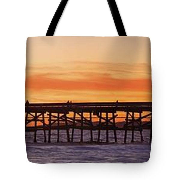San Clemente Municipal Pier In Sunset Tote Bag by Richard Cummins