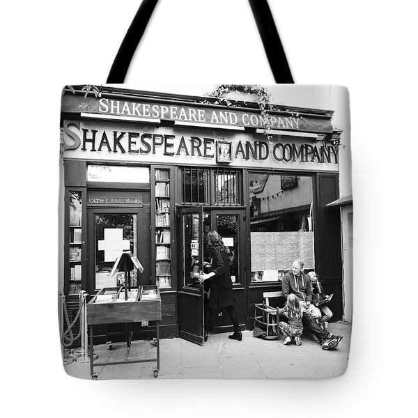 Shakespeare And Company Bookstore In Paris France Tote Bag