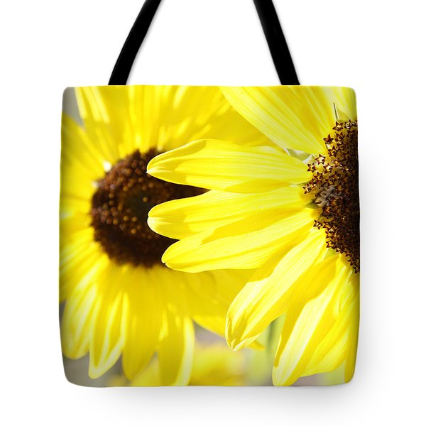 Sunflowers  Tote Bag by Les Cunliffe