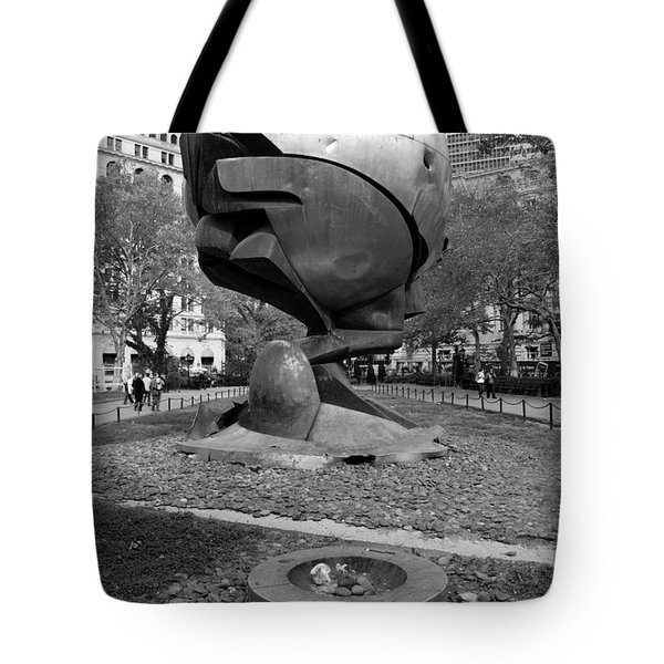 The W T C Plaza Fountain Sphere In Black And White Tote Bag by Rob Hans