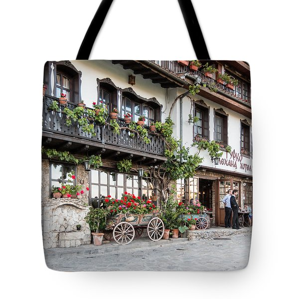 V.turnovo Old City Street View Tote Bag